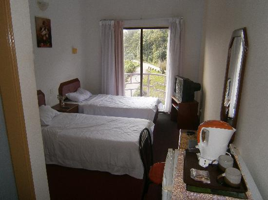 "Lipis Plaza Hotel: ""Deluxe"" Twin room"