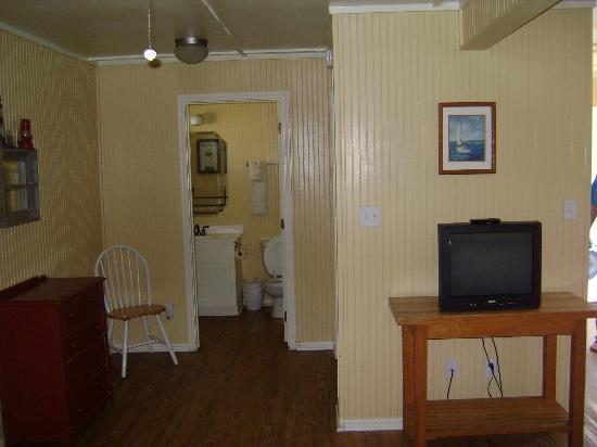 The Cottages at Seashell Village: Inside Cottage #2