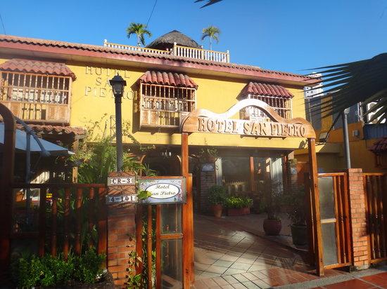 San Pietro Hotel : Entrada
