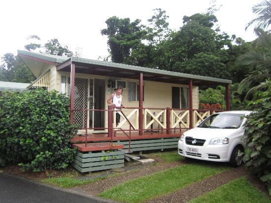 BIG4 Cairns Crystal Cascades Holiday Park: Ensuite Villa