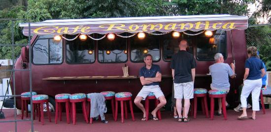 Cafe Romantica: Seating for (about) 6