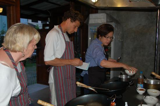 Dash! Restaurant and Bar: Cooking School