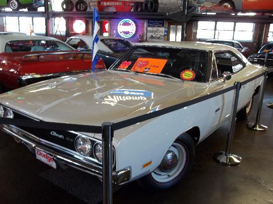 Wellborn MuscleCar Museum: Charger
