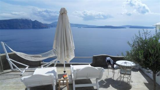 Andronis Luxury Suites: our balcony