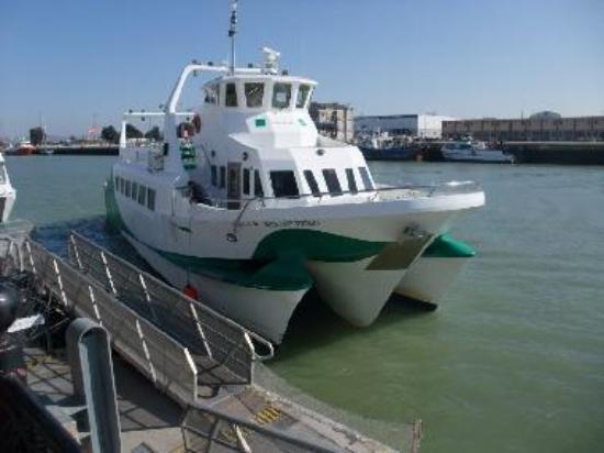 Catamaran ferry to Cadiz