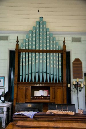 Darnum, Australia: The church organ