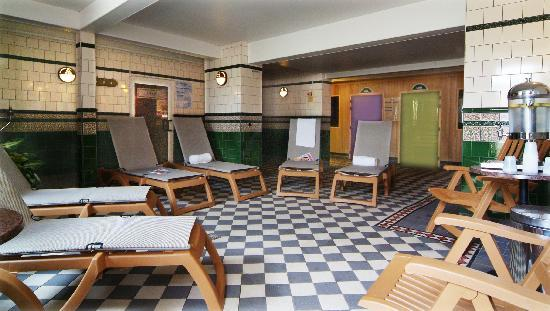 Crown Spa Health Club: Relaxation Area & Heat Rooms