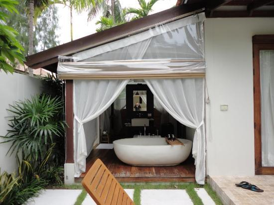 SALA Samui Resort And Spa: bathroom