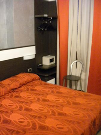 Hotel Ideale: Bedroom