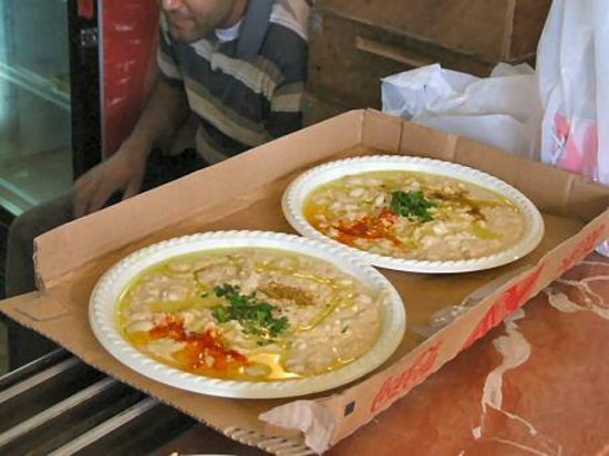 Abu Hasan / Ali Karavan: The best houmus in Israel