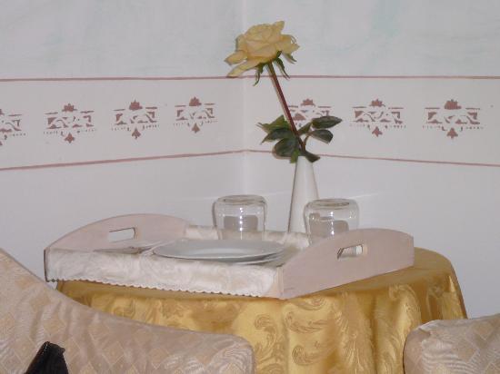 Caroline Hotel Brusimpiano : love!