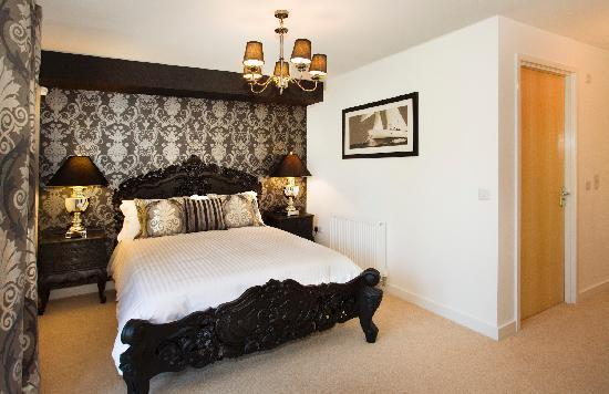 Oakhill Apartments: Bedroom