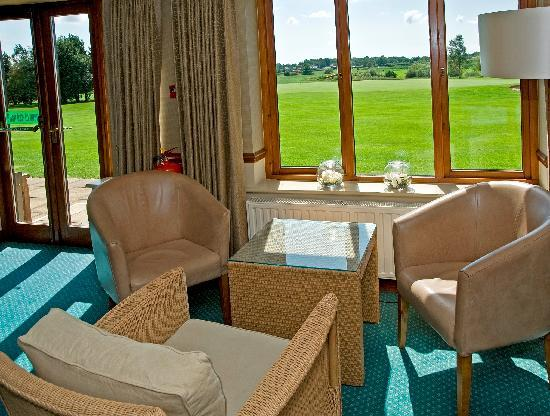 BEST WESTERN Garstang Country Hotel and Golf Centre: Residents lounge