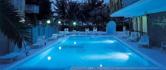 Hotel Sporting: hotel con piscina idromassaggio