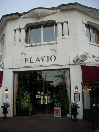 Flavio Le Club de la Foret : L entrée