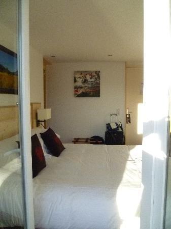 La Roseraie: Chambre 23