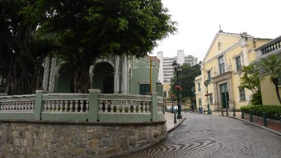 St. Augustine's Church: St. Augustine across from Dom Pedro V Theatre