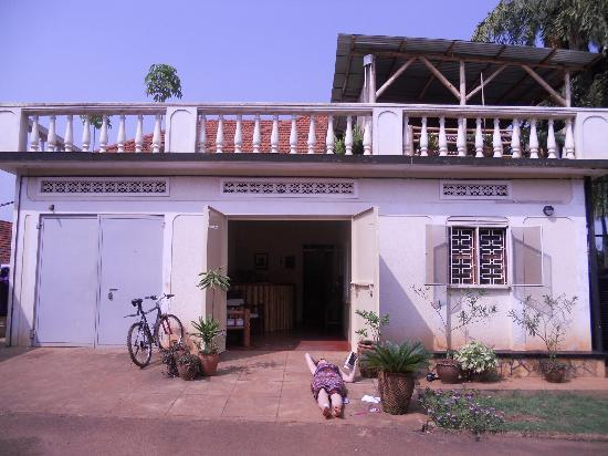 ICU Guesthouse: Front View