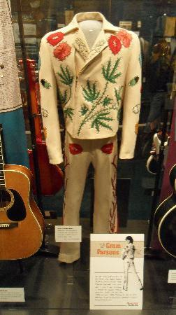Country Music Hall of Fame and Museum: Gram Parsons Suit