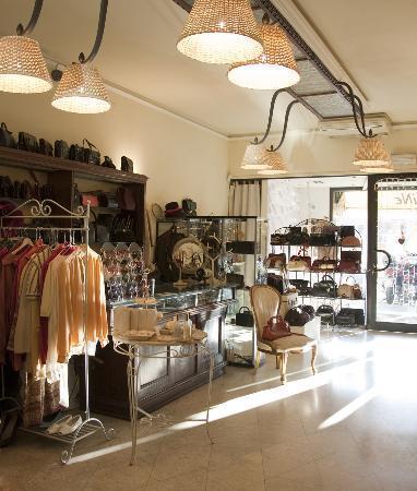 Boutique Nadine Vintage : the shop