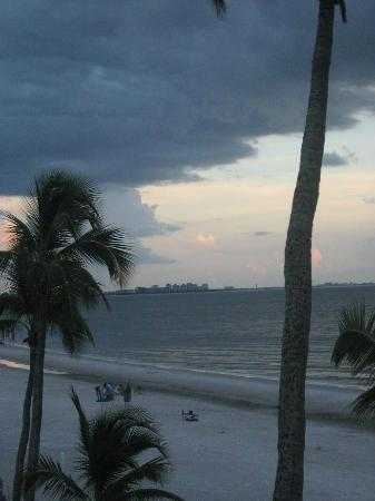 Estero Island Beach Club: After sunset 2011