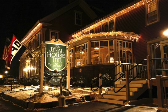 Beal House Inn: The Beal Hoiuse Inn welcomes you Dinner and Lodging in New Hampshire's White Mountains