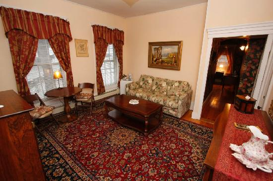 Beal House Inn: Mrs. Beal's Suite. Front parlor, sitting room.