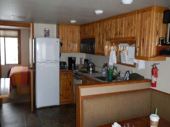 White Pass Village Inn: The Deluxe Kitchen - small but functional!