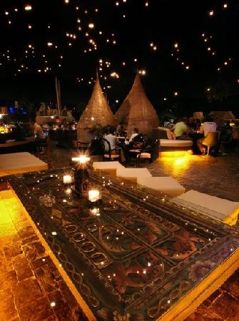 Cena romantica picture of jardin de asia restaurant for Cafe jardin menu