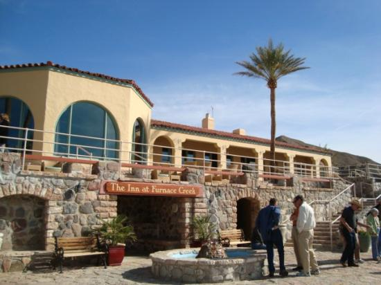 The Inn at Furnace Creek Dining Room: Entrance to the Inn