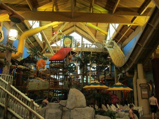Castaway Bay Waterpark