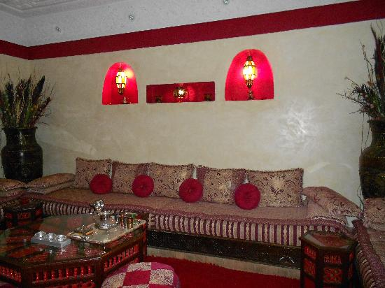 Riad Mille et une Nuits: Best place for tea!