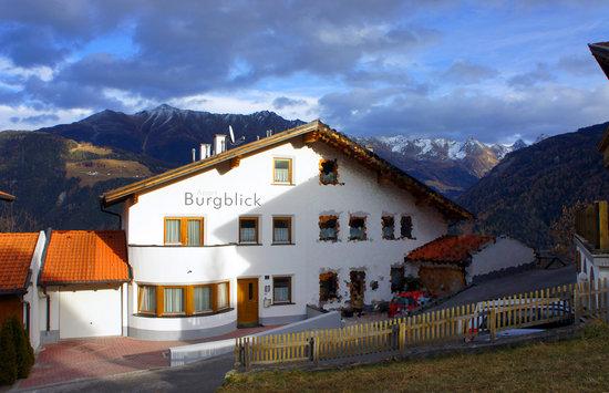 Apart Burgblick