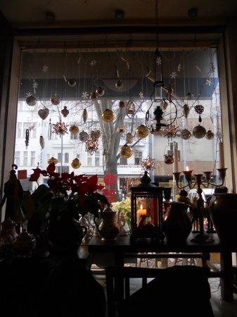 1900 Cafe Bistro