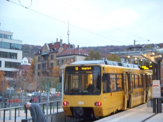 Park Inn by Radisson Stuttgart: Rack Railway at the Marienplatz