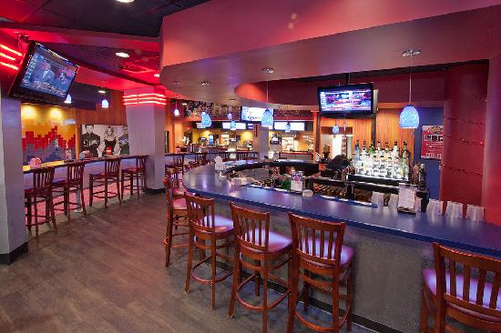 Frank Entertainment: The Grill Restaurant and Bar