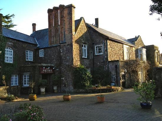 The Priory Hotel & Restaurant: The Priory