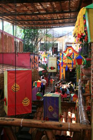 Los Colorines: Another view of the interior