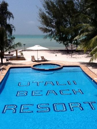 Utalii Beach Resort & Spa : Beach Bar view