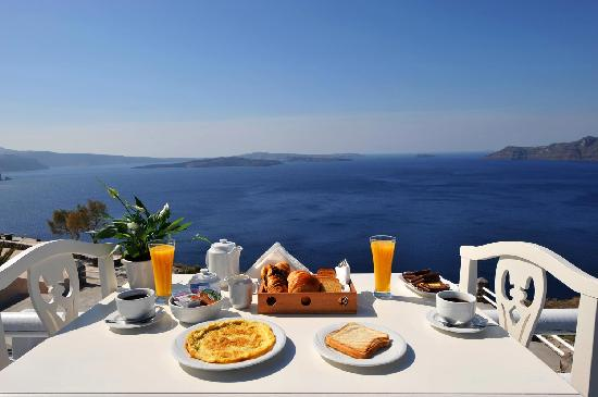 Oia Suites Breakfast