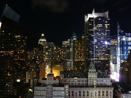 Hilton Times Square: beautiful view at night! - 41 floor