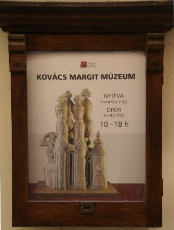 Margit Kovacs Ceramic Museum (Kovacs Margit Museum) Photo