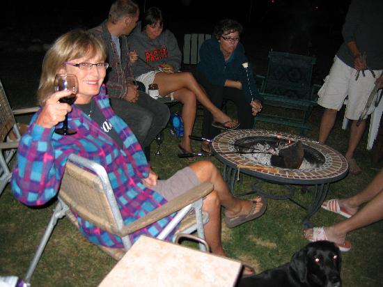 Holly's Place: Saturday night at the fire pit