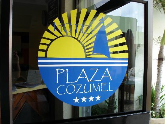 Hotel Plaza Cozumel: Front door