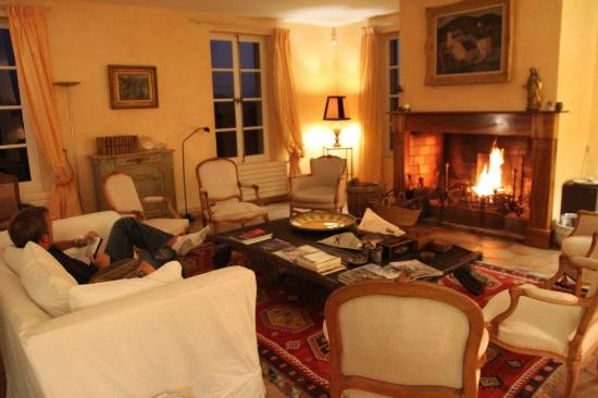Bastide la Combe : Large Family Room, they always had a fire going!