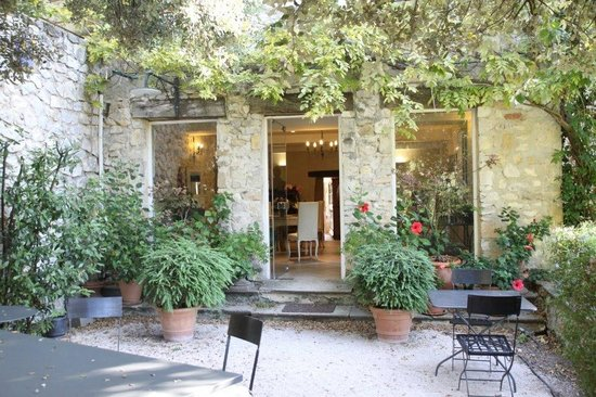 Bastide la Combe : Entrance to the dining room