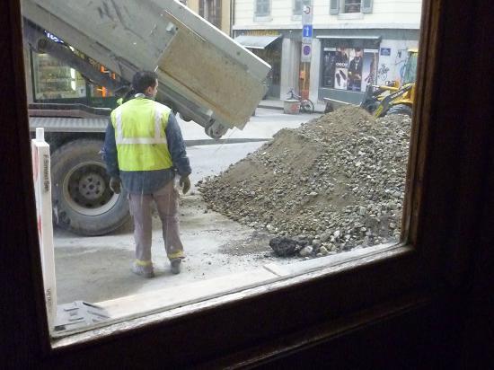 Hotel Rhodania : Direkt vor dem Hoteleingang eine Baustelle