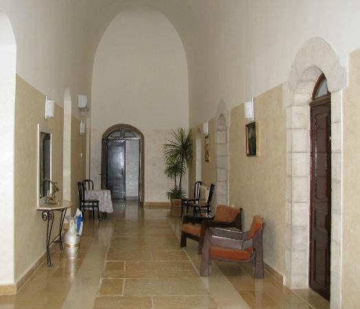 Rosary Convent Guest House and Hostel: This gives a feeling for the high ceilings and 'castle like' feeling of the hall ways and rooms