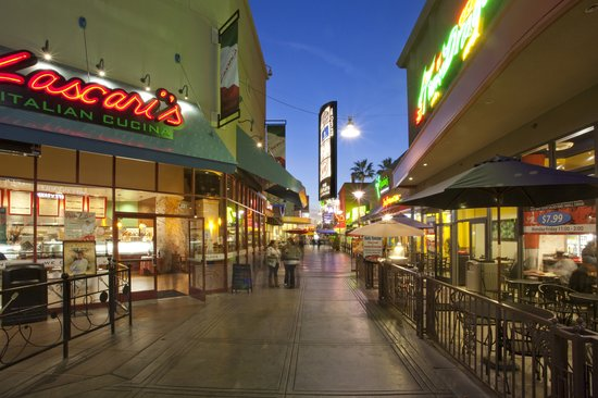c26aa70f Ron Jon Surf Shop - Picture of The Outlets at Orange, Orange ...