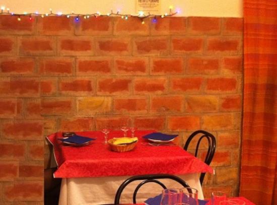 Trattoria Il Mare : Il nostro tavolo per 2. Ottima esperienza.